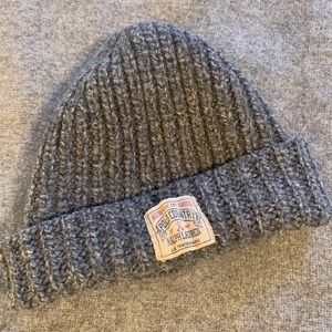 Like-new wool Polo hat